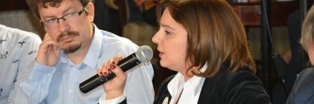 Уранија Пировска: Медиумите се под шепата на власта