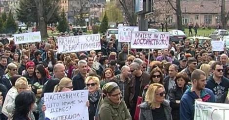 eksterno_protest
