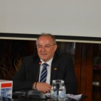 Јуратовиќ: Граѓаните бараат демократија!