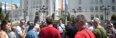 Новинари и активисти едногласно бараат оставка од Пешевски!