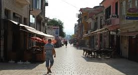Среде сезона во Струга се гради!