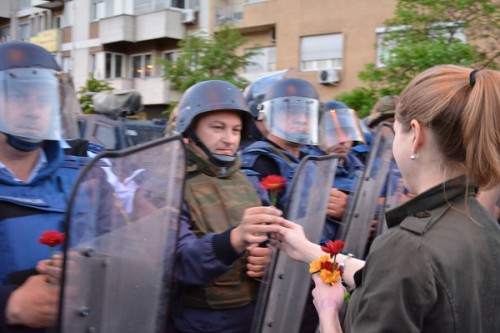 flowers for the police 01